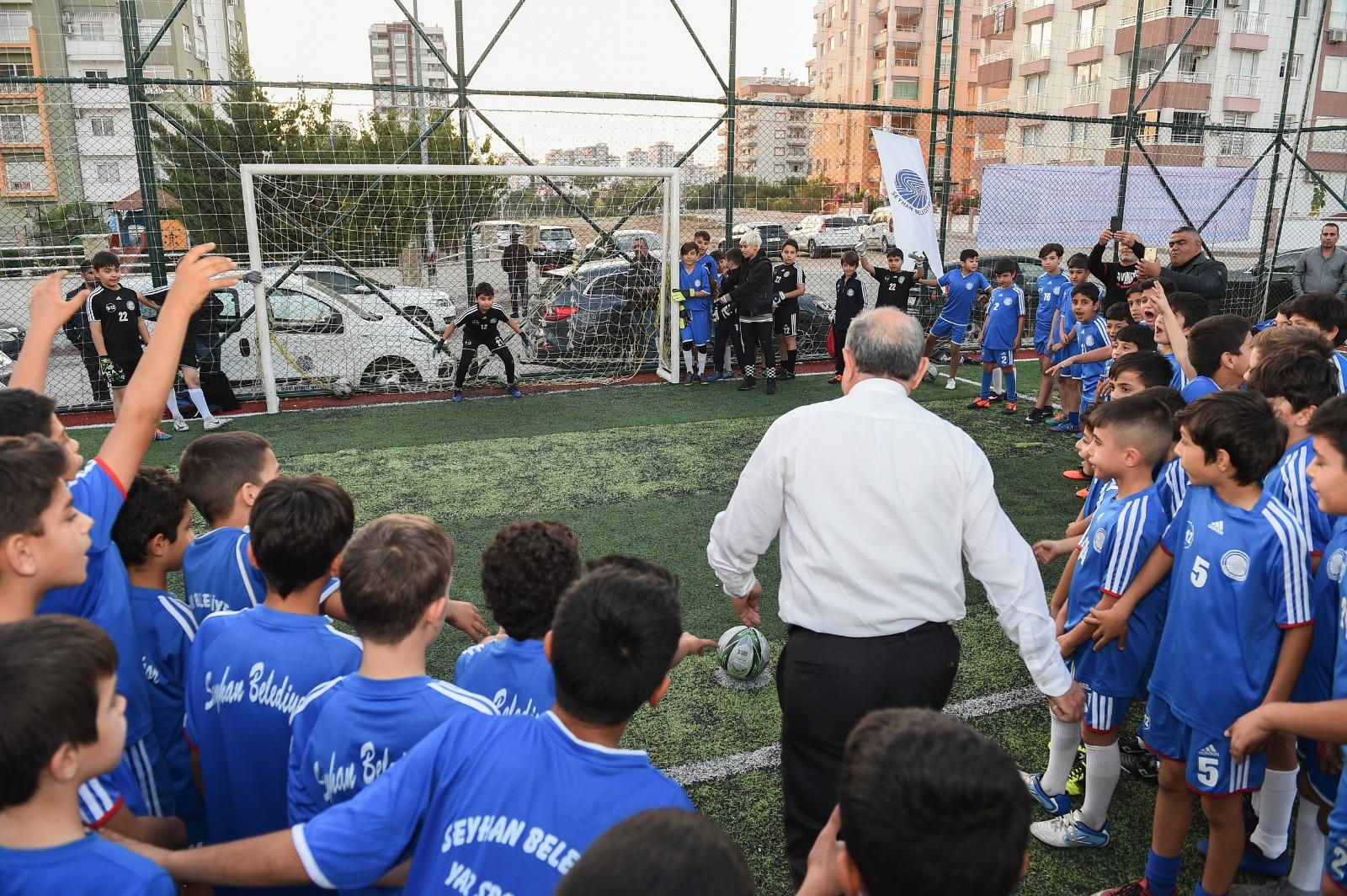 Seyhan'dan Halı Saha Futbol Turnuvası, şölene dönüştü