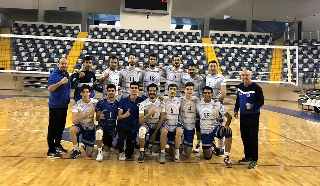 Seyhan Belediyespor'da yüzler gülüyor: Hentbol ve Voleybol takımları haftayı kayıpsız geçti