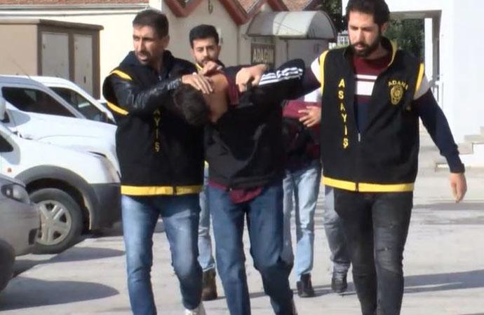 Adana'da aşk: Kız arkadaşıyla görüntülü konuşmak için cep telefonu gasp etti