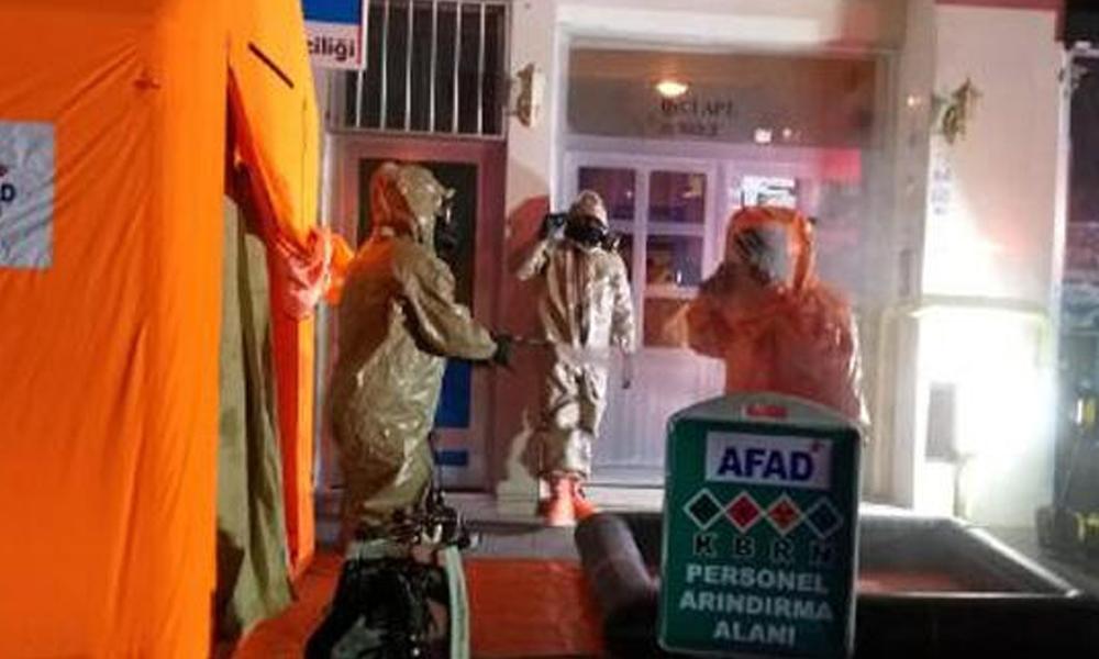 Aksaray'da zarfın içinde gelen kimyasal madde paniği!