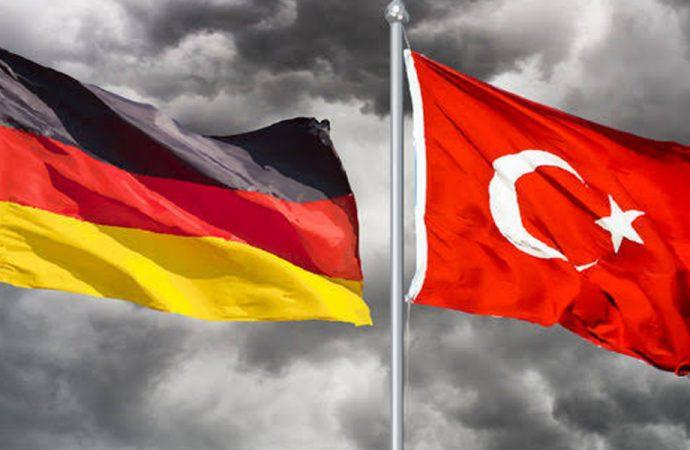 Almanya'dan Çavuşoğlu ziyareti öncesi kritik açıklama