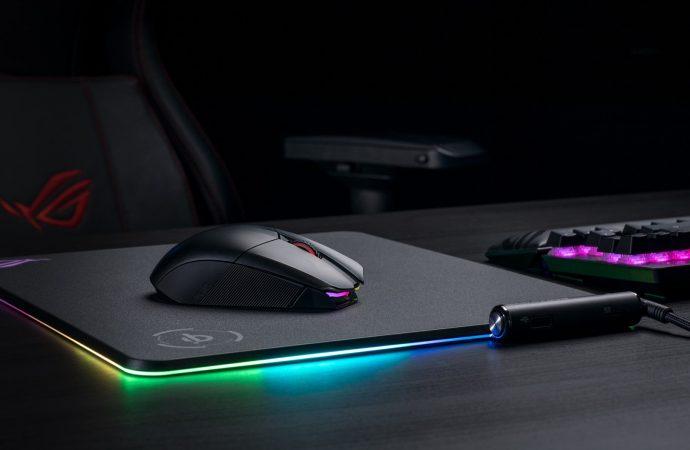 Asus ROG Chakram mouse'unu tanıttı