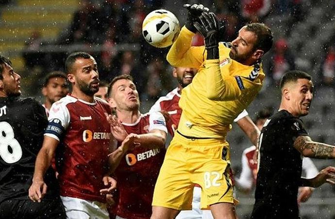 Dört maçta dört mağlubiyet…Beşiktaş UEFA Avrupa Ligi'ne veda etti: 3-1