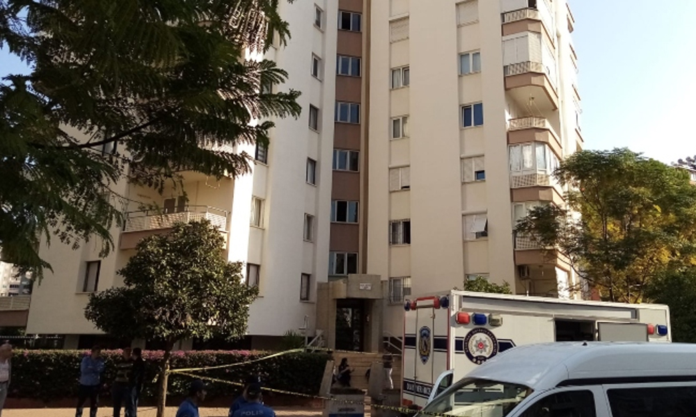 Antalya'da 4 kişilik ailenin ölümüne ilişkin yeni detay: 9 aylık borç nedeniyle dün evi tahliye etmeleri istenmiş