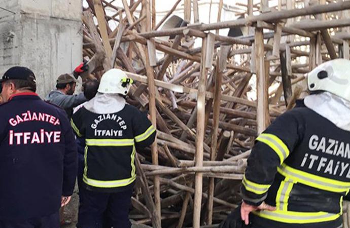 Cami inşaatında çökme: 1 işçi enkaz altında kaldı