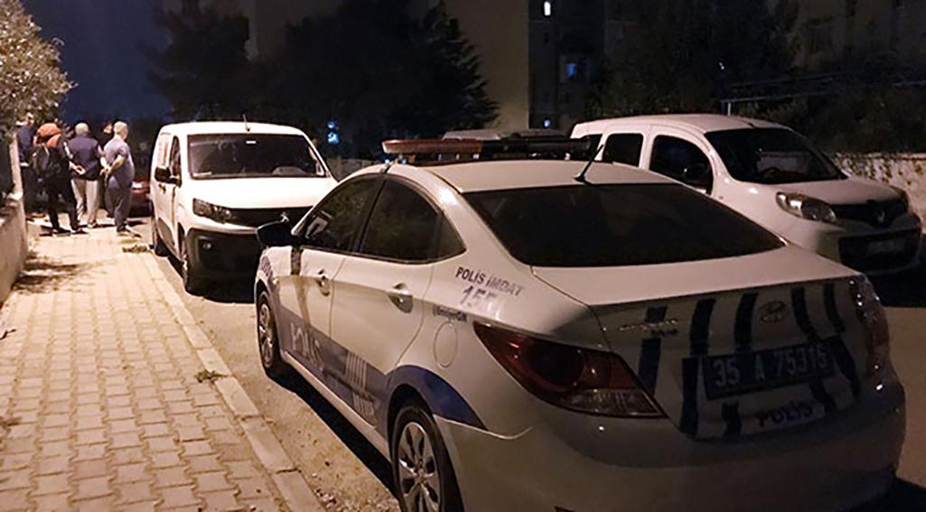 İzmir'de pompalı dehşeti! Kendini elektroşok cihazıyla korumaya çalışan sevgilisini öldürüp intihar etti
