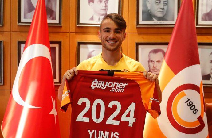 Galatasaray, Yunus Akgün'ün sözleşmesini uzattı