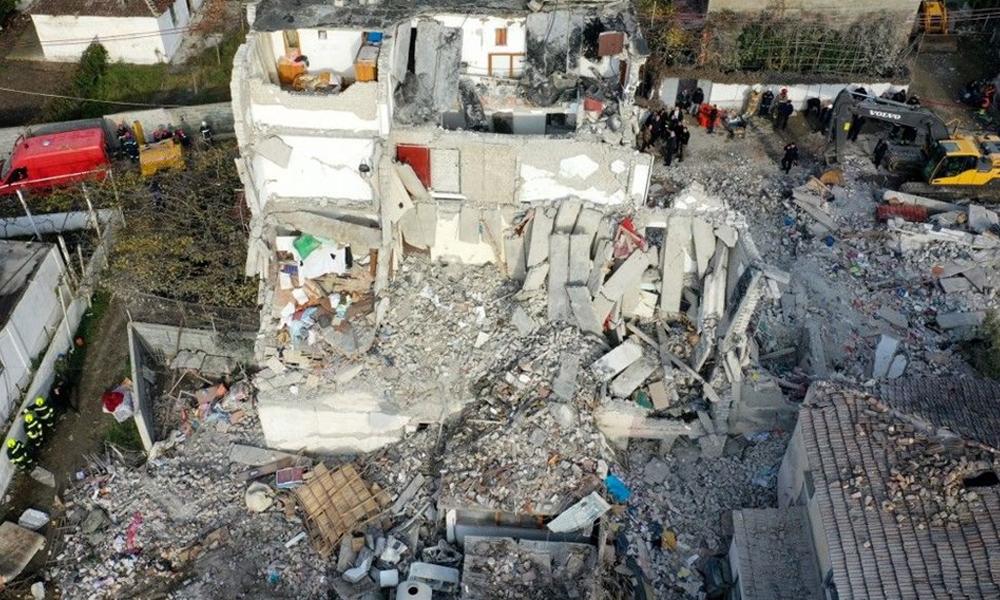Arnavutluk depreminde ölü sayısı 40'a yükseldi