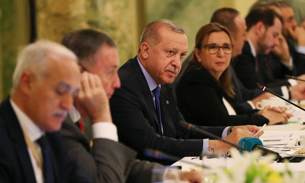 Erdoğan o iş bitti demişti! ABD'de yuvarlak masada kafa karıştıran toplantı