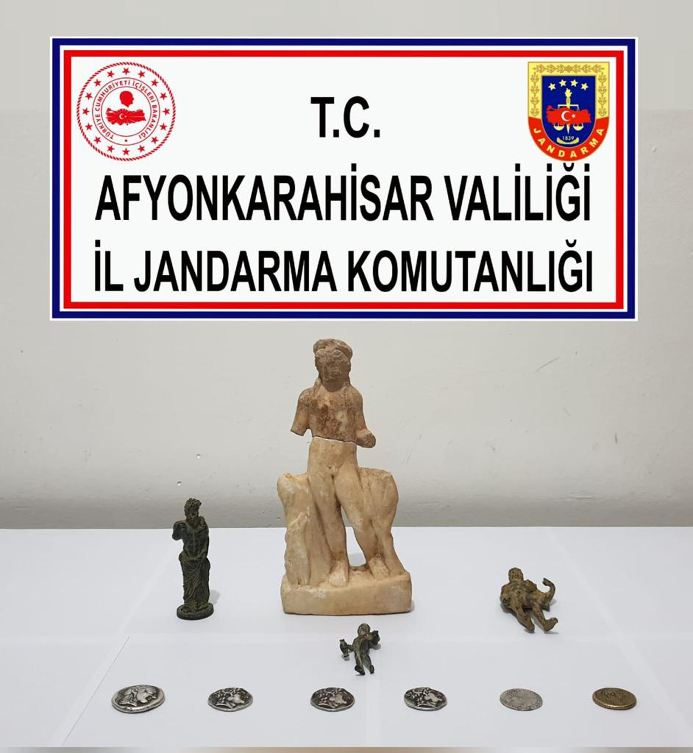 Afyonkarahisar'da tarihi eser operasyonu