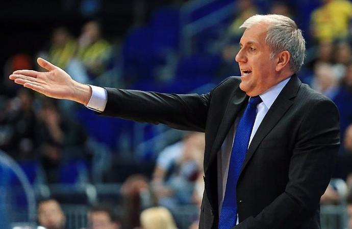 Zeljko Obradovic mola konuşmasıyla gündem oldu! 'Rica etsem biraz savunma yapar mısınız?'