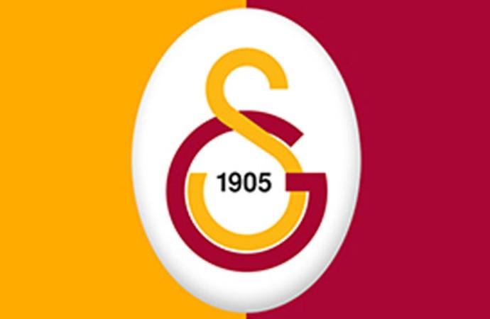 Son Dakika… Galatasaraylı futbolcu hastaneye kaldırıldı: Görme kaybı ihtimali var!