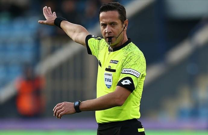UEFA'da skandal! Rum takımı itiraz etti, UEFA Halis Özkahya'yı maçtan çekti