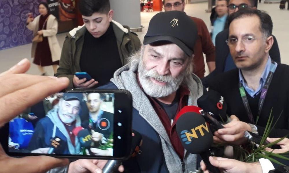 Emmy ödülü alan Haluk Bilginer Türkiye'ye döndü