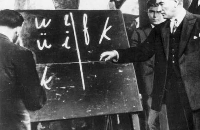 AKP'li vekilden skandal! 'Harf devrimi' ve Atatürk'ü hedef aldı…