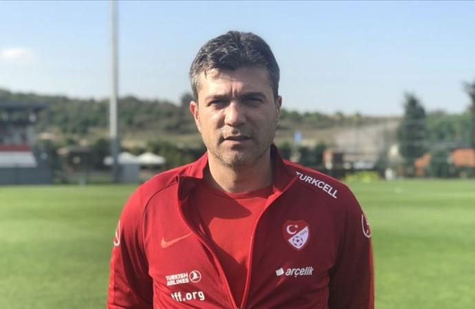 U21 milli takım antrenörü Vedat İnceefe'ye istifa çağrısı