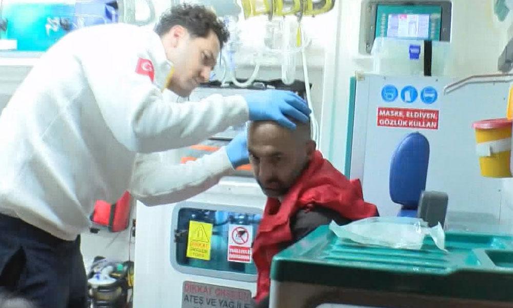 Maltepe'de sokakta alkol alan iki kişiyi hastanelik ettiler