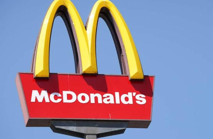 McDonald's 'kanlı pazar' reklamını durdurdu, özür diledi