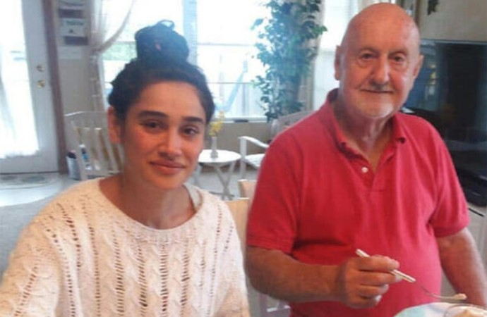 Kendisinden 48 yaş büyük eşinden boşanacağı konuşulan Miroğlu'ndan açıklama: Yıllardır işsizim, siz de beni anlayın