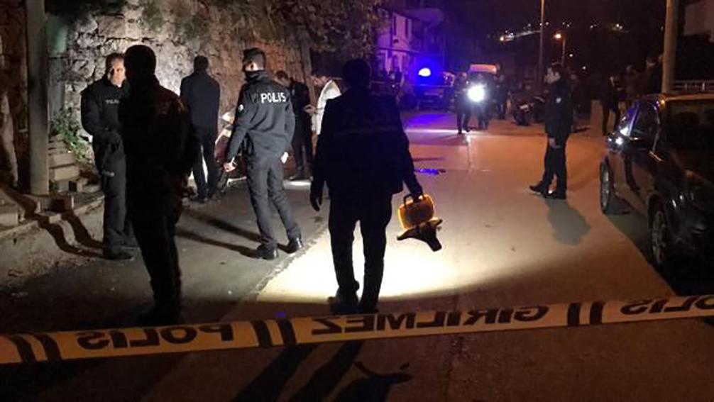 Kocaeli'de silahlı saldırı! Motosikletiyle evine giderken başından vuruldu