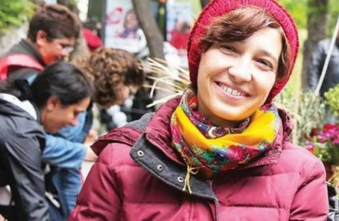 Günlerdir gözaltında tutulan Nuriye Gülmen serbest bırakıldı!
