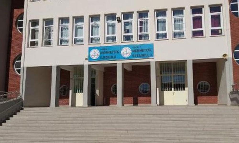 Utanç protestosunda son durum… Okul Müdürü görevden alındı, 'Hafif otistiğe karşı değiliz' diyen muhtar hala görevde