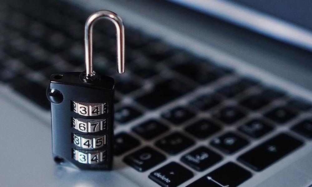 IŞİD'e dijital darbe