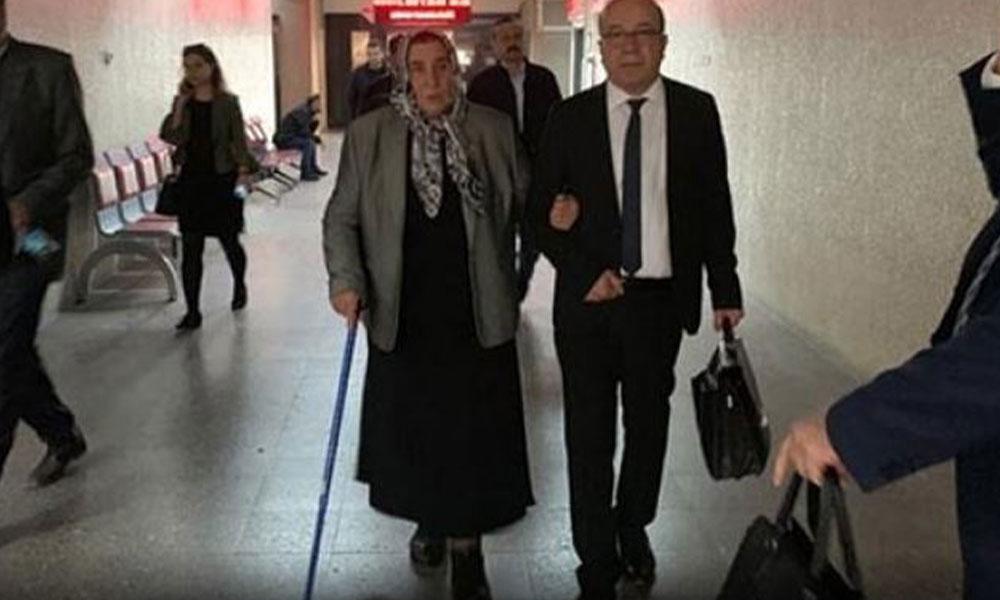 Erdoğan'ın şikayeti üzerine hakim karşısına çıkan şehit annesi Pakize Akbaba, beraat etti
