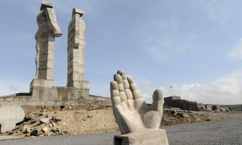 Erdoğan'ın 'ucube' dediği heykel için tazminat kararı