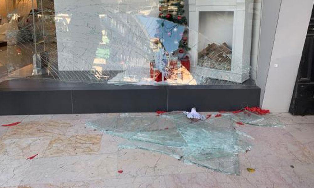 İstanbul'da Efsane Cuma izdihamı: 3 yaralı