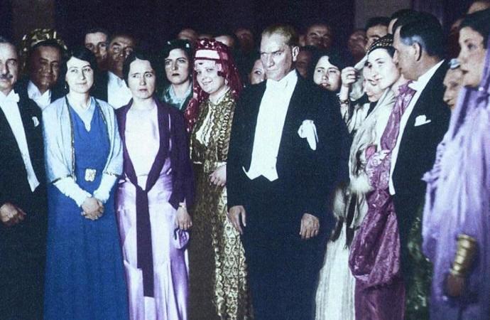 Türkiye, 85 yıl önce bugün kadınlara demokratik haklarını veren ülke olarak tarihe geçti