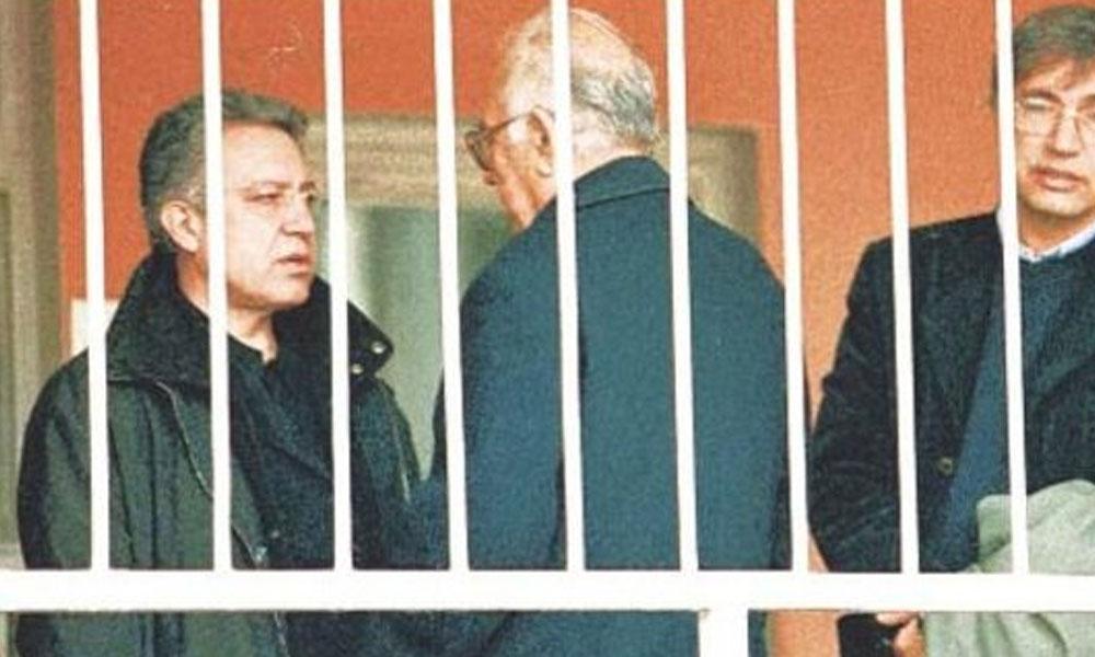 Zülfü Livaneli'den '19 Aralık' paylaşımı: Ecevit hükümeti kabul etmedi
