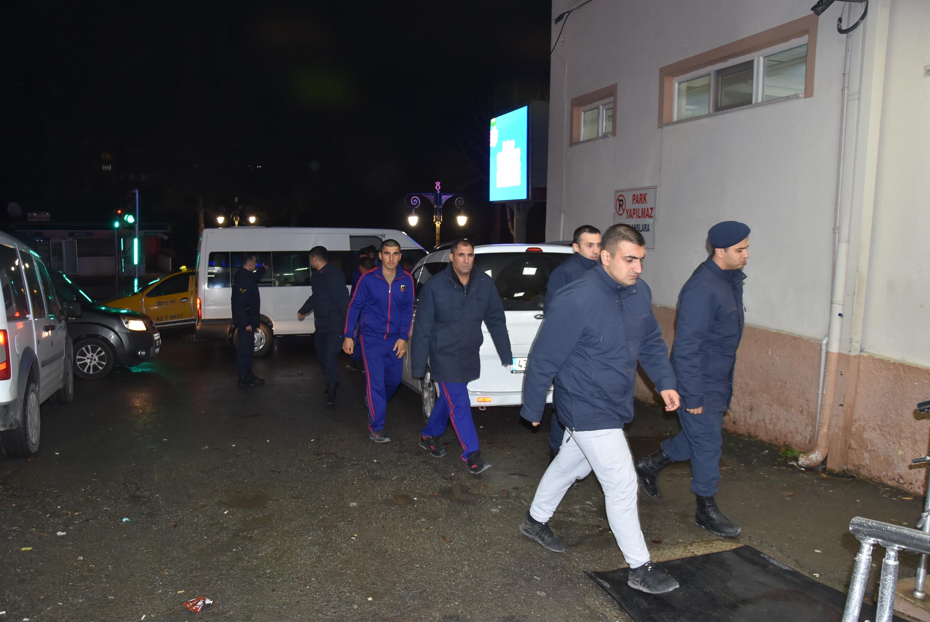 Kütahya'da yemekten sonra rahatsızlanan 57 asker hastaneye kaldırıldı