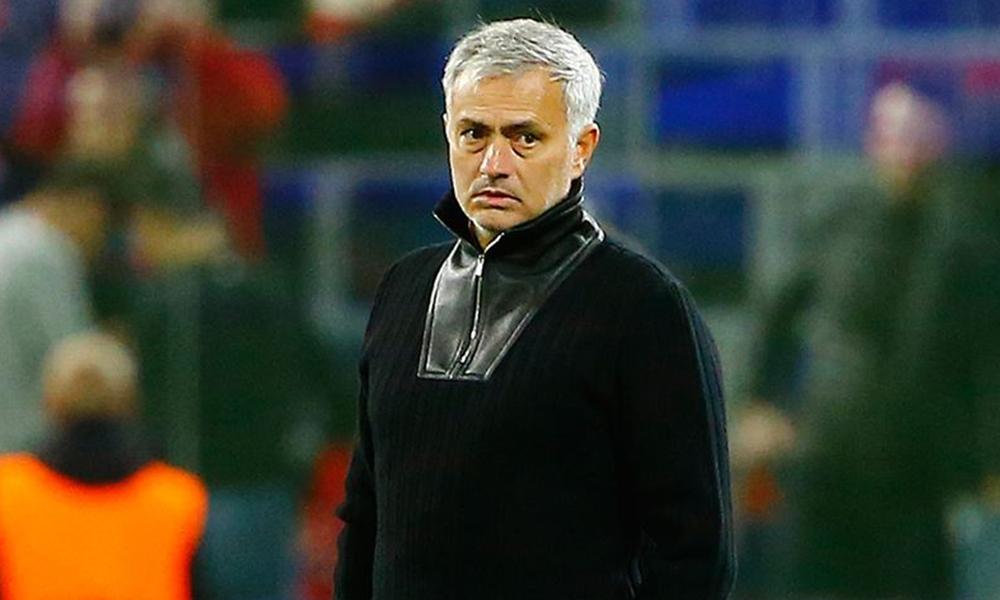Berbatov: Mourinho hakkında karar vermek için çok erken