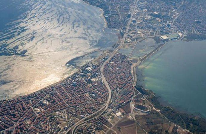 'Arap kantonu kuruluyor': Kanal İstanbul güzergahındaki araziler kimlere satılıyor?