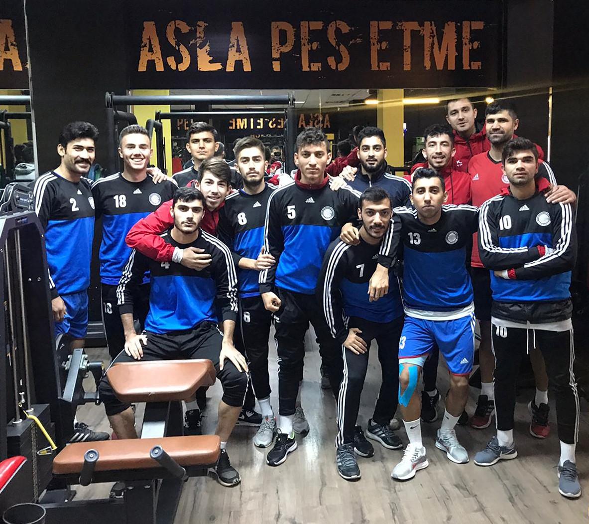 Seyhan Belediyespor'da 2.yarı hazırlığı: Kınalı, sporcuların performansından son derece memnun
