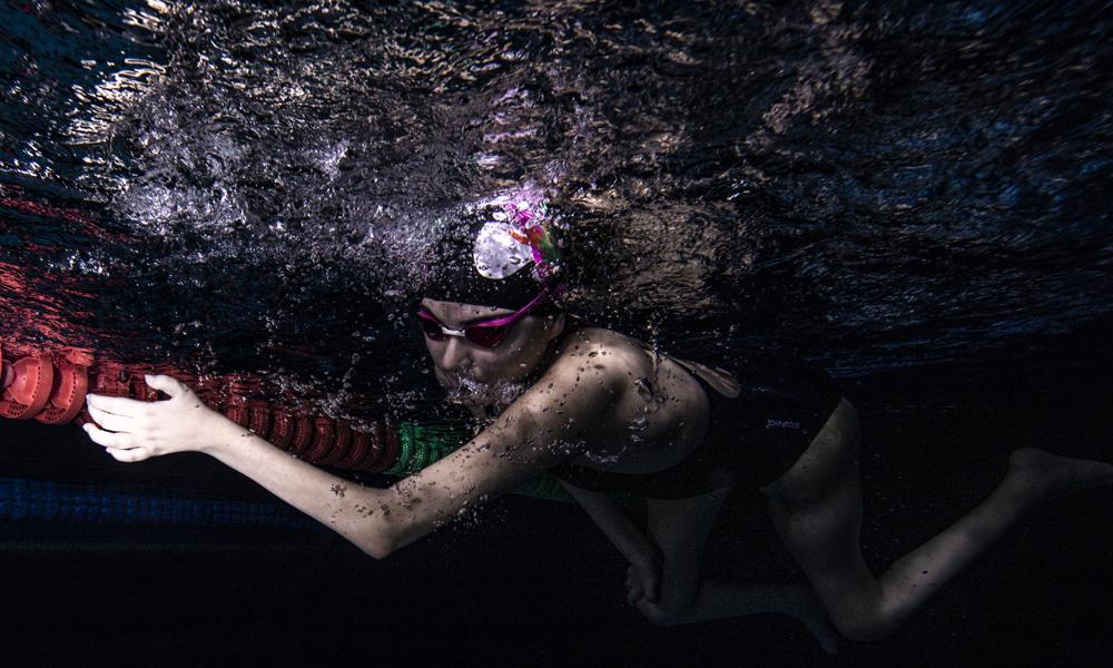 Tedavi için başladığı yüzmede 36 kez şampiyon oldu