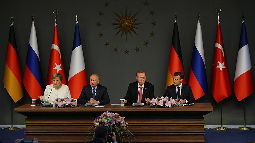 Londra'daki Dörtlü Zirve'de Erdoğan'dan liderlere 'stratejik' kitap hediyesi