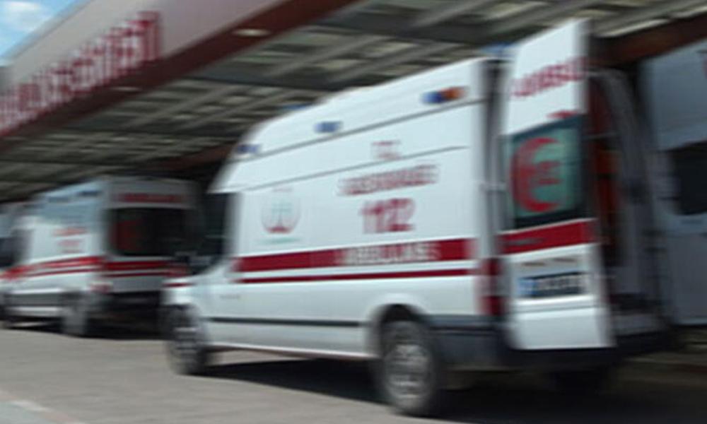 Midibüsü devrildi: 1 ölü, 20 yaralı