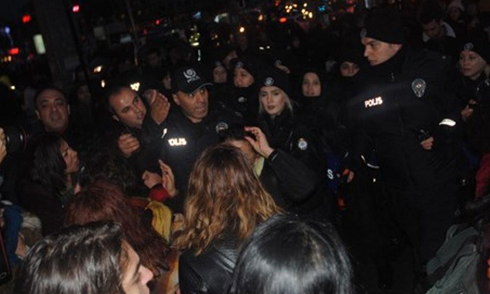 Ankara'da kadınların danslı gösterisine polis müdahalesi: Çok sayıda gözaltı var