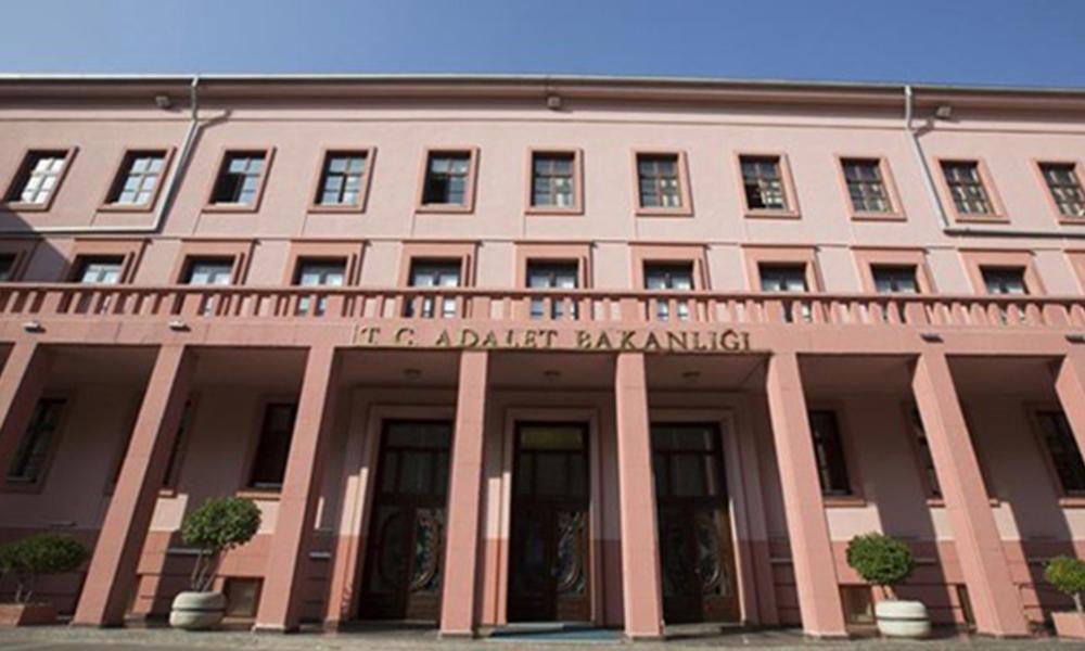 Adalet Bakanlığı'nın insan hakları çalıştayına veto