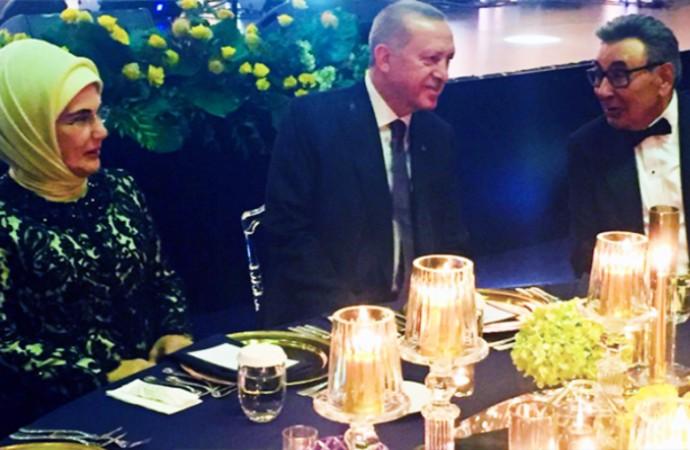 Aydın Doğan 60. yılını Erdoğan'la birlikte kutladı, övgüyü kaptı