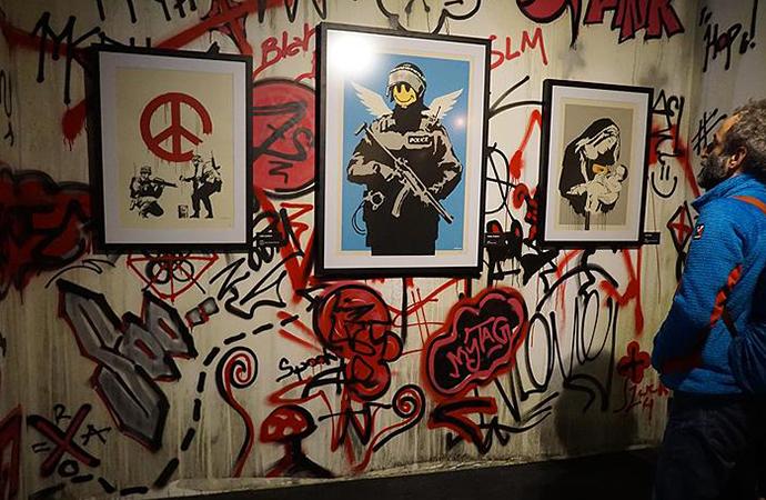 Gizemli sokak sanatçısı Banksy'nin sırrı çözüldü! Bugüne kadar tutuklanmaktan nasıl kurtuldu?