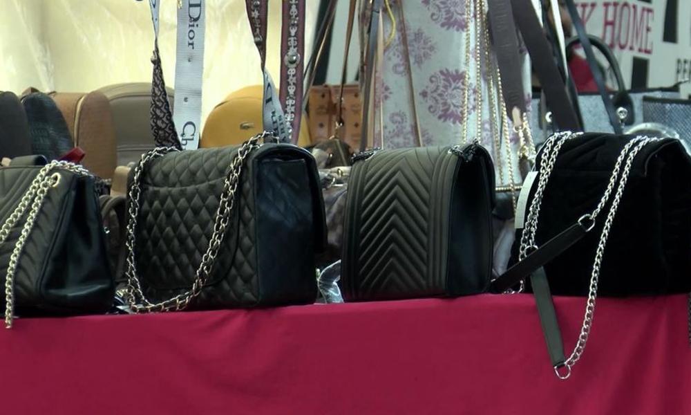 Taklit çantalar pazarda 2 bin 600 liraya satılıyor