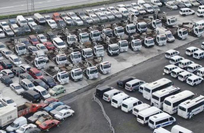İstanbul Trafik Vakfı'nın araç çekme faaliyeti durduruldu, çekiciler otoparkta toplanmaya başladı