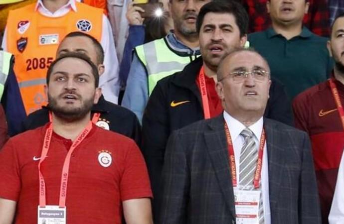 Trabzon'da derbi sonrası taraftarlardan Abdurrahim Albayrak'a saldırı!