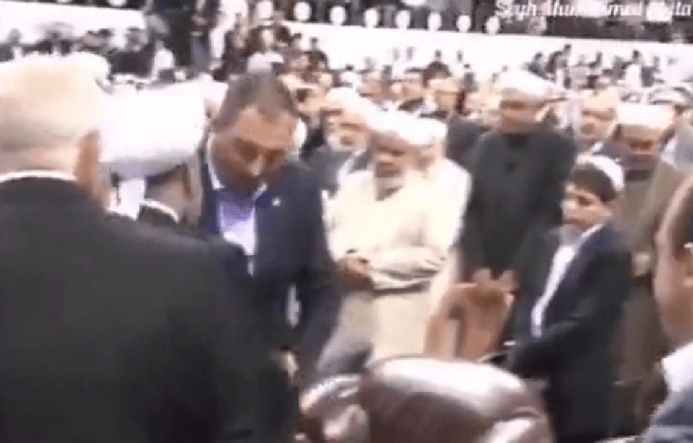 FETÖ gitti Haznevi geldi! Tarikat liderinin elini öpen Adalet Bakanı