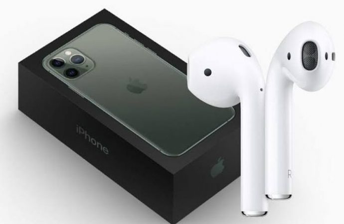 iPhone 12 AirPods sürprizi ile gelebilir!