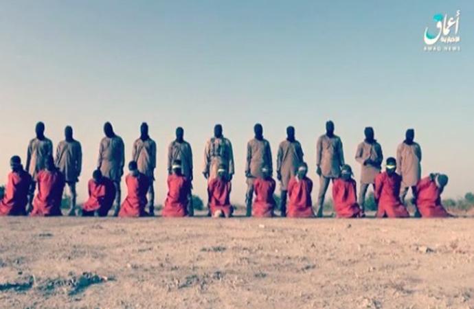 IŞİD, 11 rehineyi infaz ettiği görüntüleri paylaştı