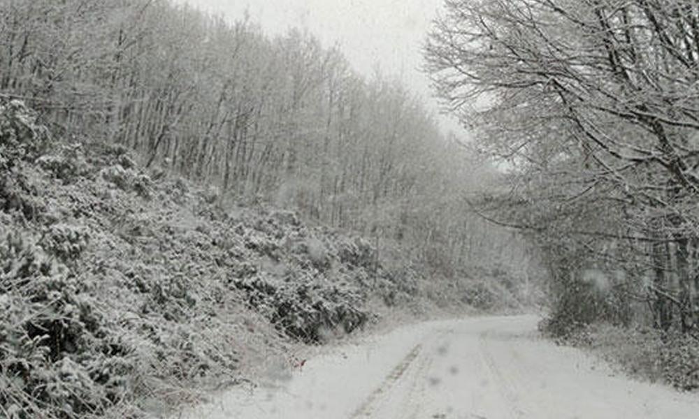 İstanbul'da ilk kar! Etkisi giderek artırıyor